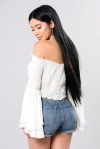 Fashion_Nova_04-19-17-383_344x309